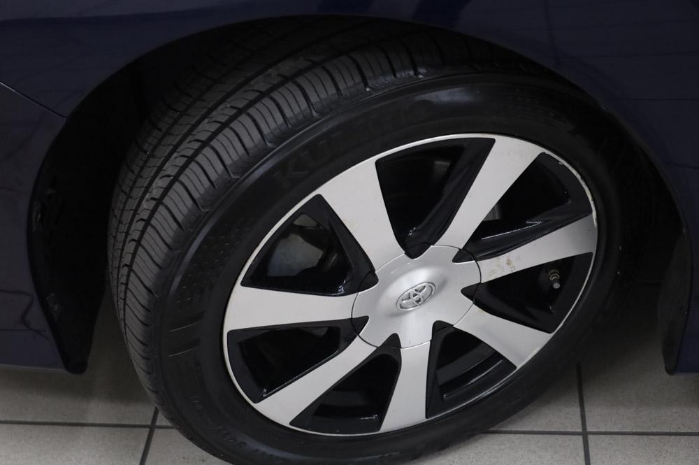 2016 Blau Toyota Mirai Wasserstoff Brennstoffzelle PKW zu verkaufen Deutschland felgen