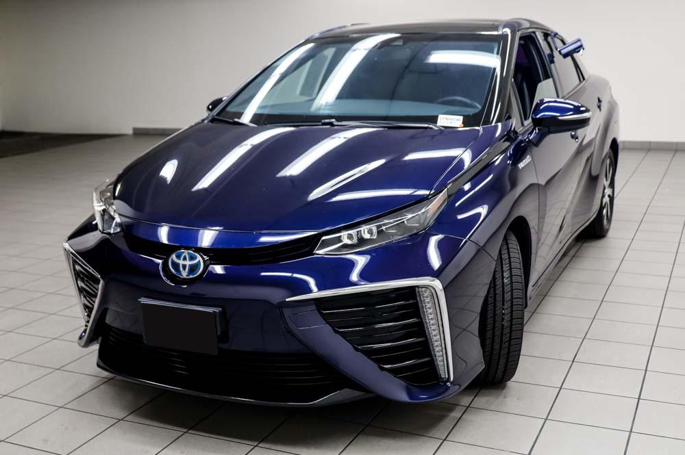 2016 Toyota Mirai Wasserstoff Brennstoffzelle PKW zu verkaufen – Top Zustand mit Gebrauchtwagengarantie und Scheckheft Deutschland