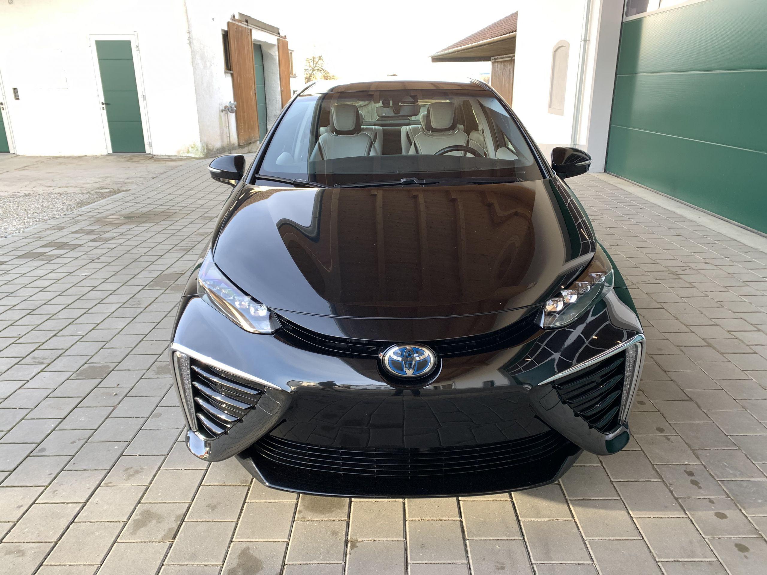 Schwarzer Gebraucht Toyota Mirai Wasserstoff Brennstoffzelle zu verkaufen Deutschland 6