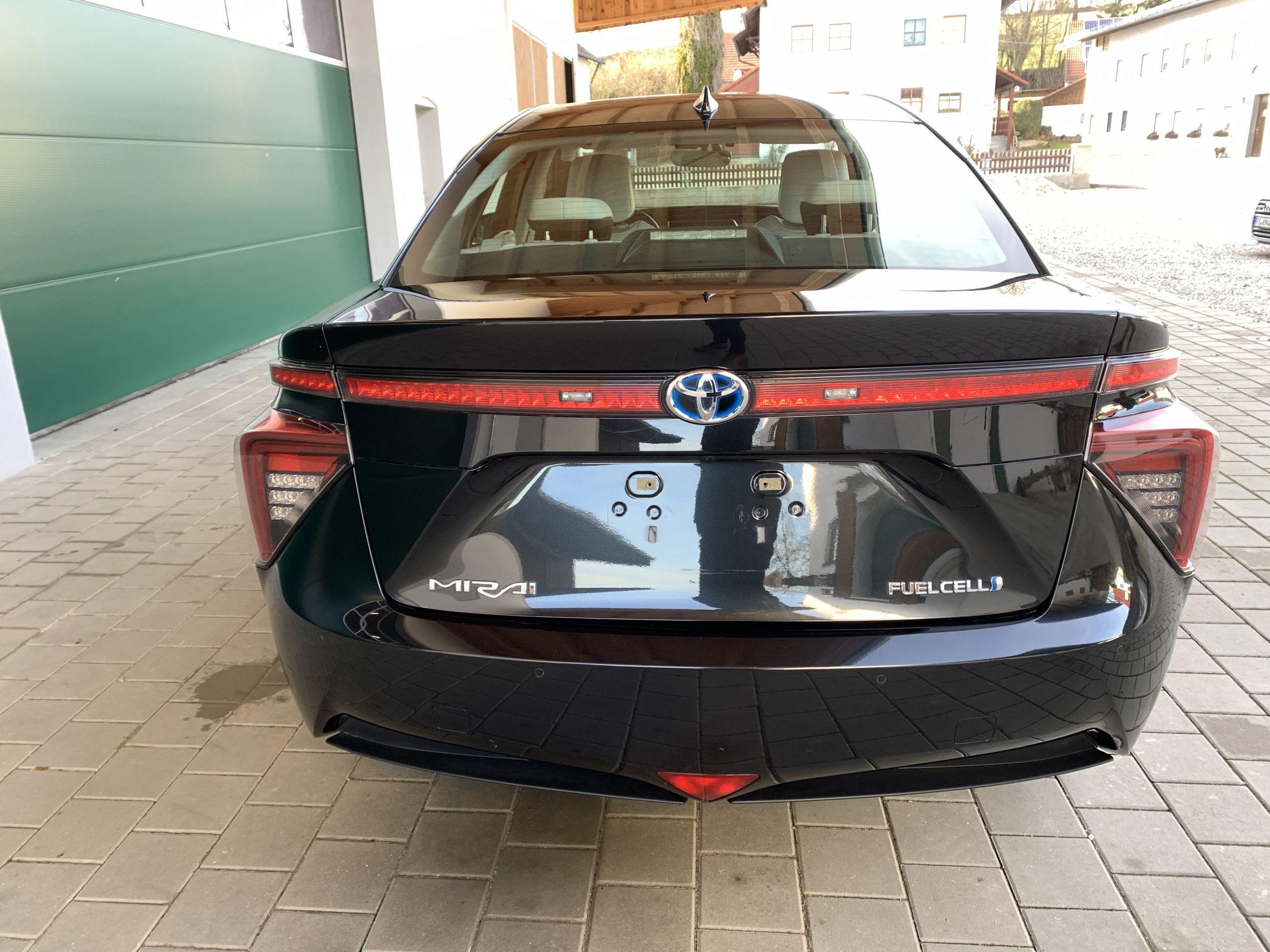 Schwarzer Gebraucht Toyota Mirai Wasserstoff Brennstoffzelle zu verkaufen Deutschland 7