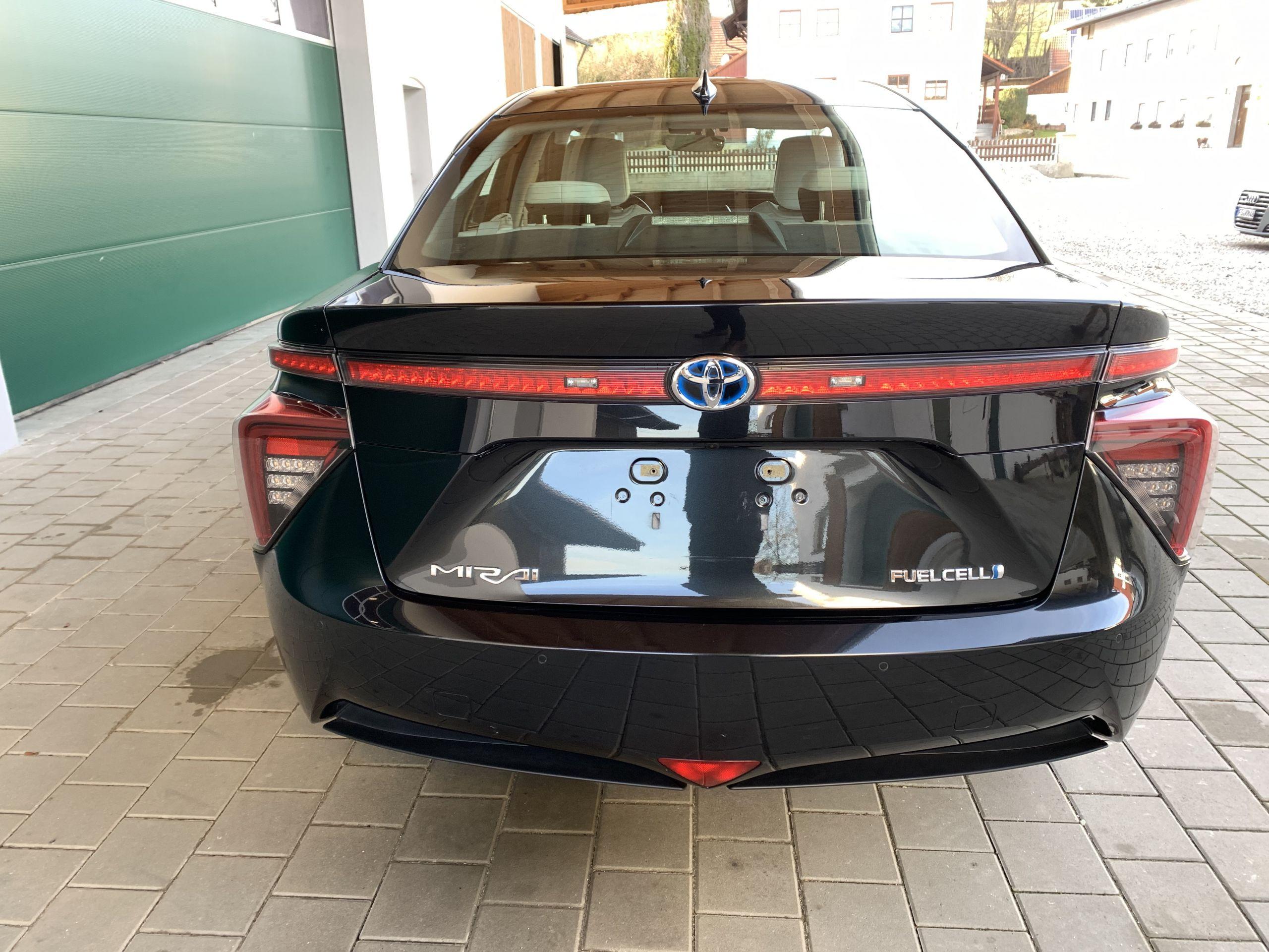 Schwarzer Gebraucht Toyota Mirai Wasserstoff Brennstoffzelle zu verkaufen Deutschland 11