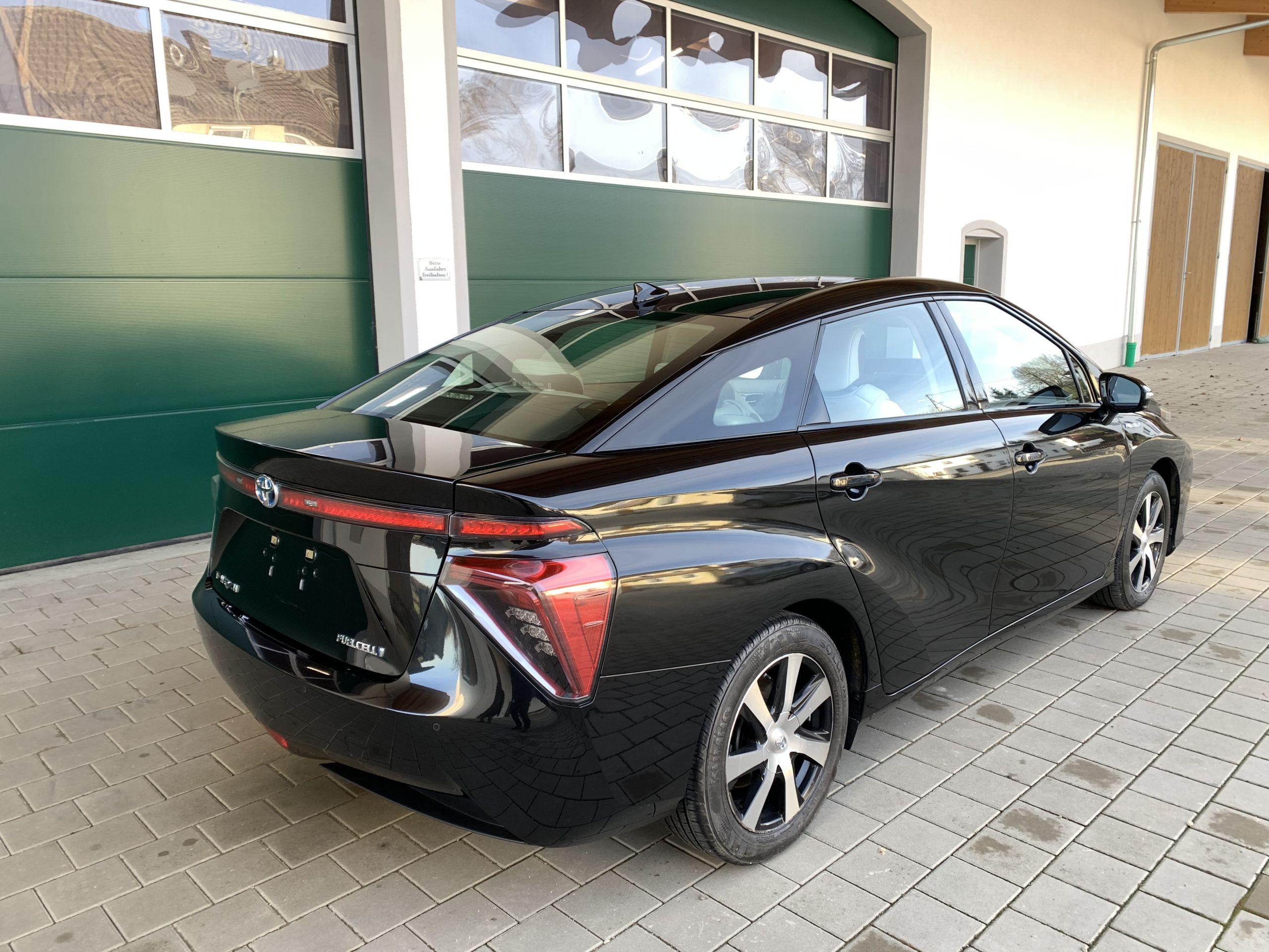 Schwarzer Gebraucht Toyota Mirai Wasserstoff Brennstoffzelle zu verkaufen Deutschland 12