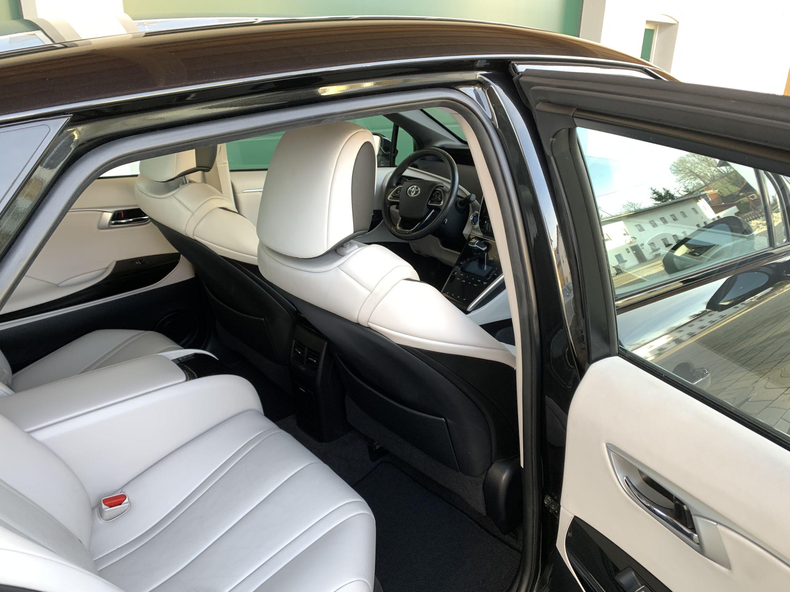 Schwarzer Gebraucht Toyota Mirai Wasserstoff Brennstoffzelle zu verkaufen Deutschland 13