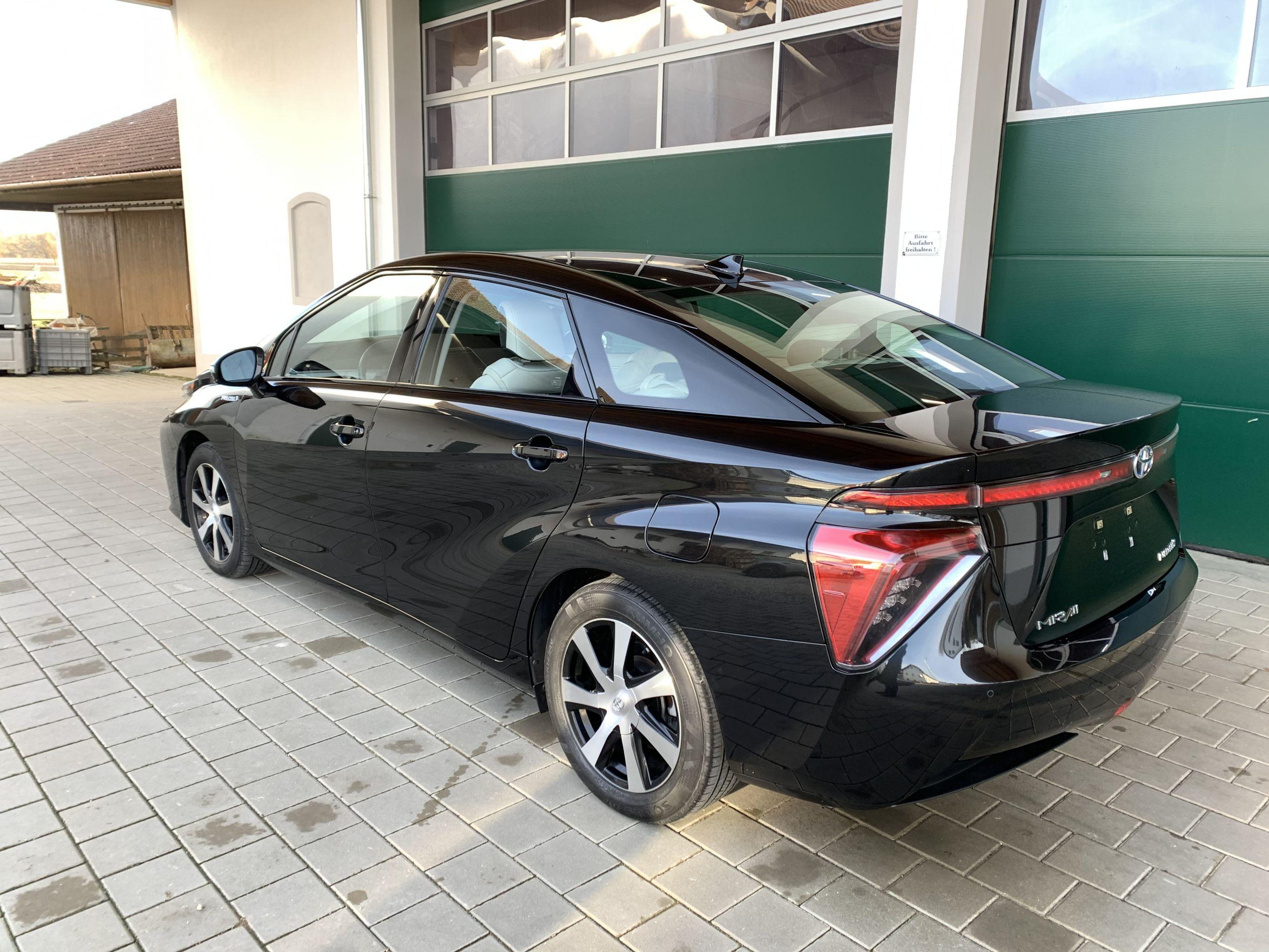 Schwarzer Gebraucht Toyota Mirai Wasserstoff Brennstoffzelle zu verkaufen Deutschland 16