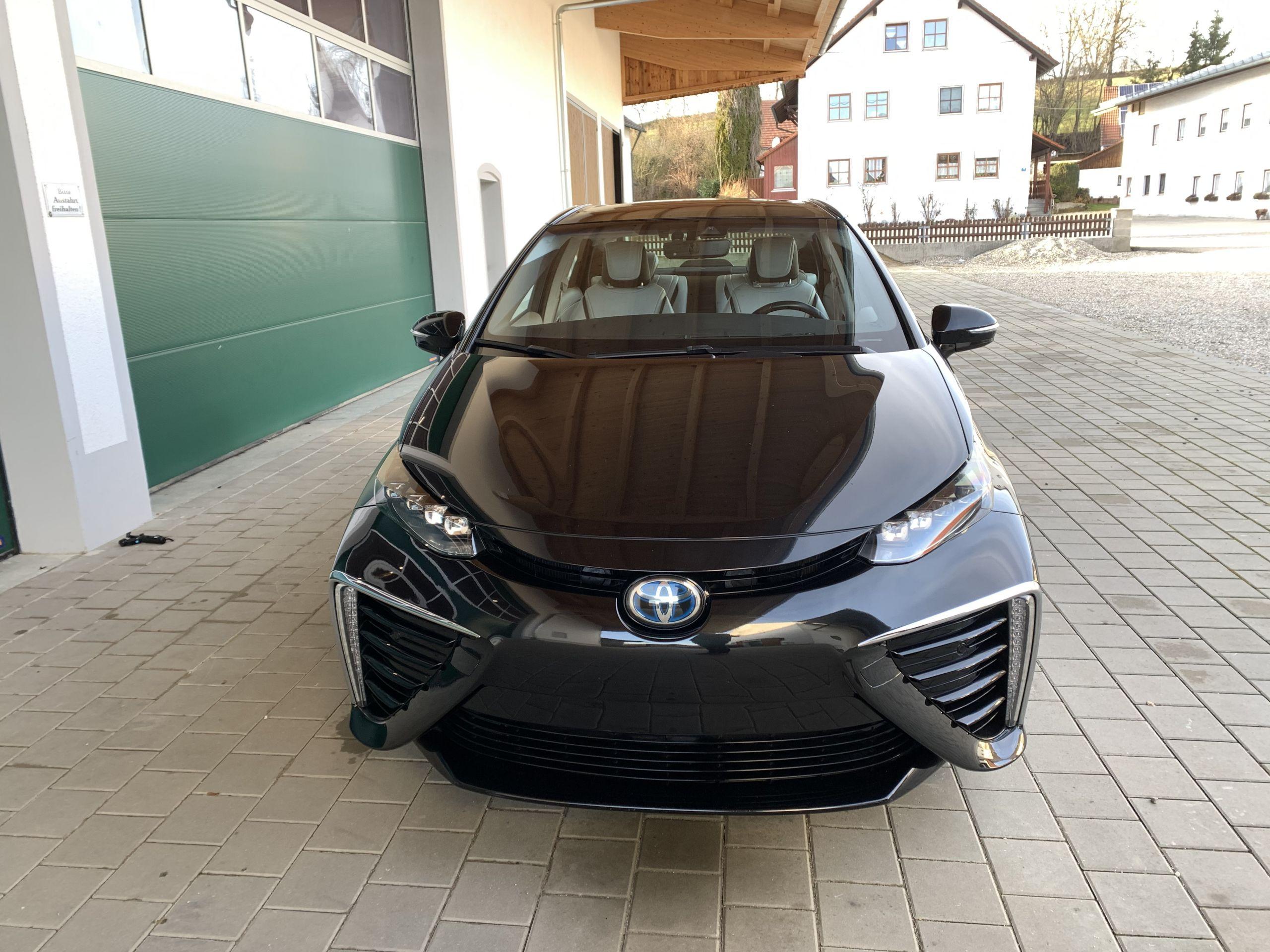 Schwarzer Gebraucht Toyota Mirai Wasserstoff Brennstoffzelle zu verkaufen Deutschland 8