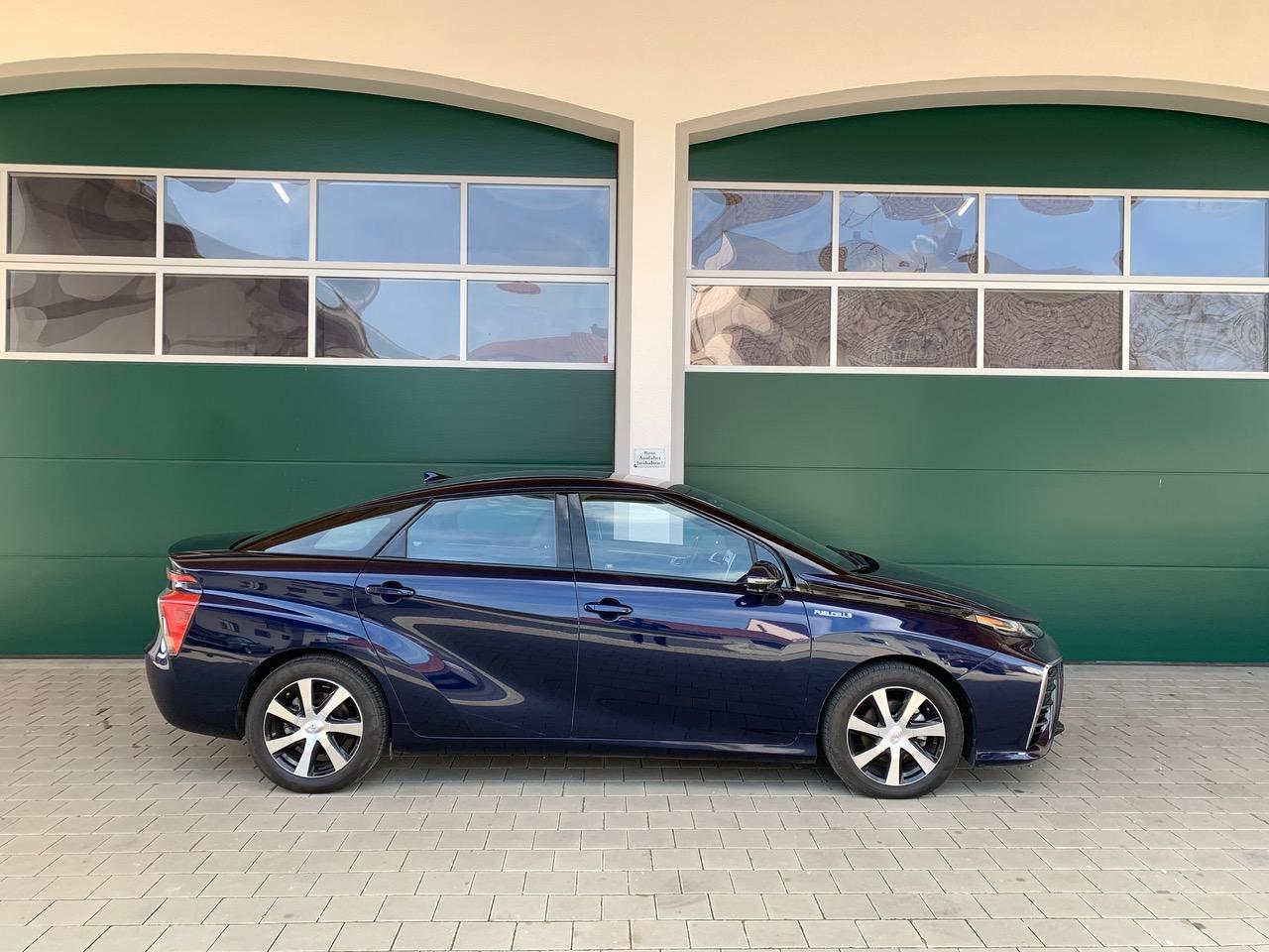 Blau Toyota mirai wasserstoff auto zu Verkaufen