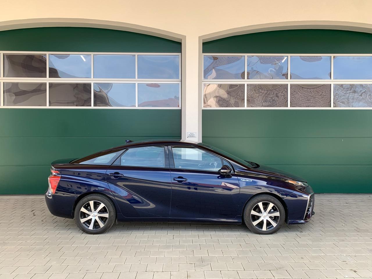 Blau Toyota mirai wasserstoff auto zu Verkaufen deutschland