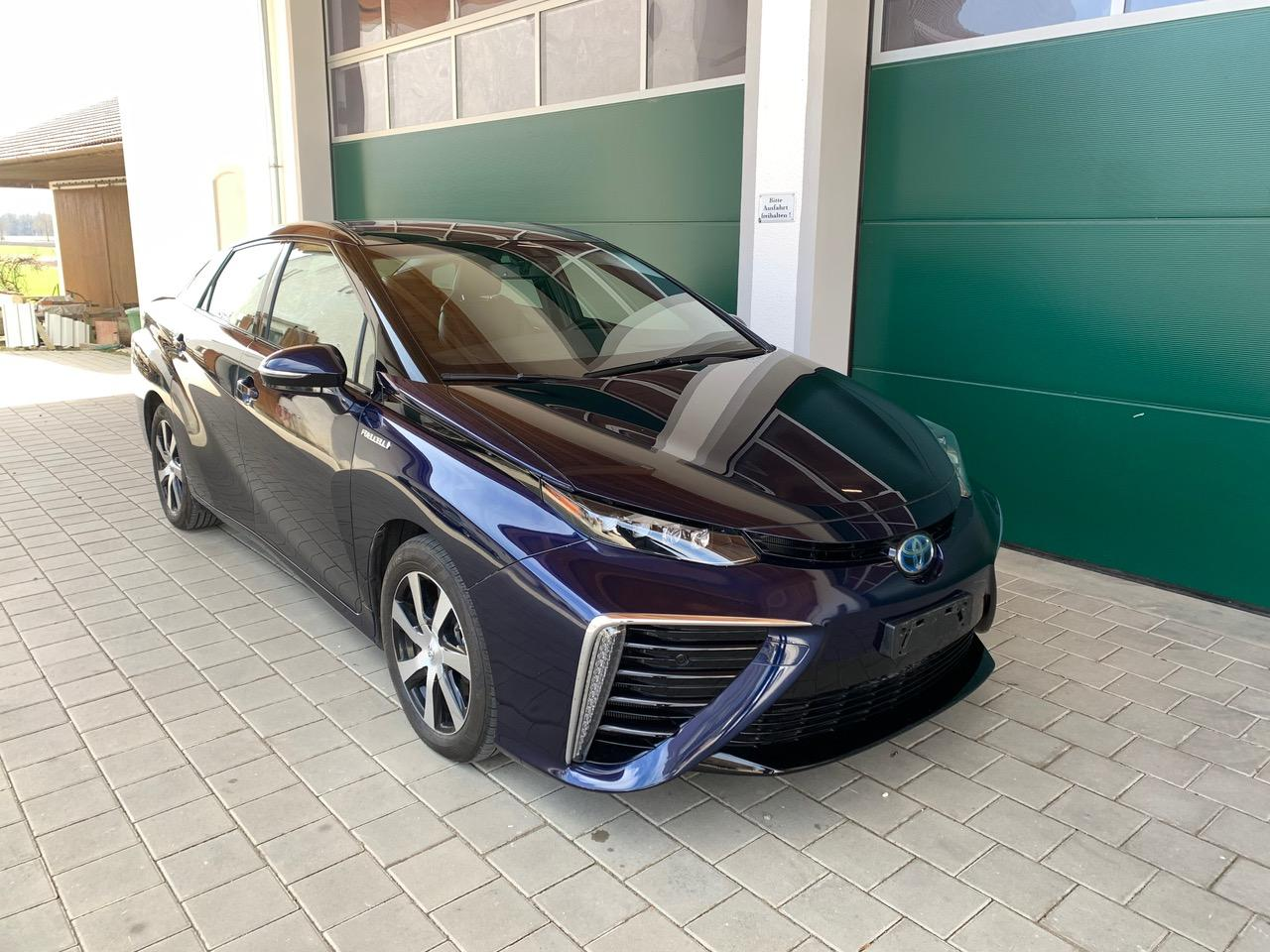 Blau Toyota mirai wasserstoff auto zu Verkaufen Osterreich