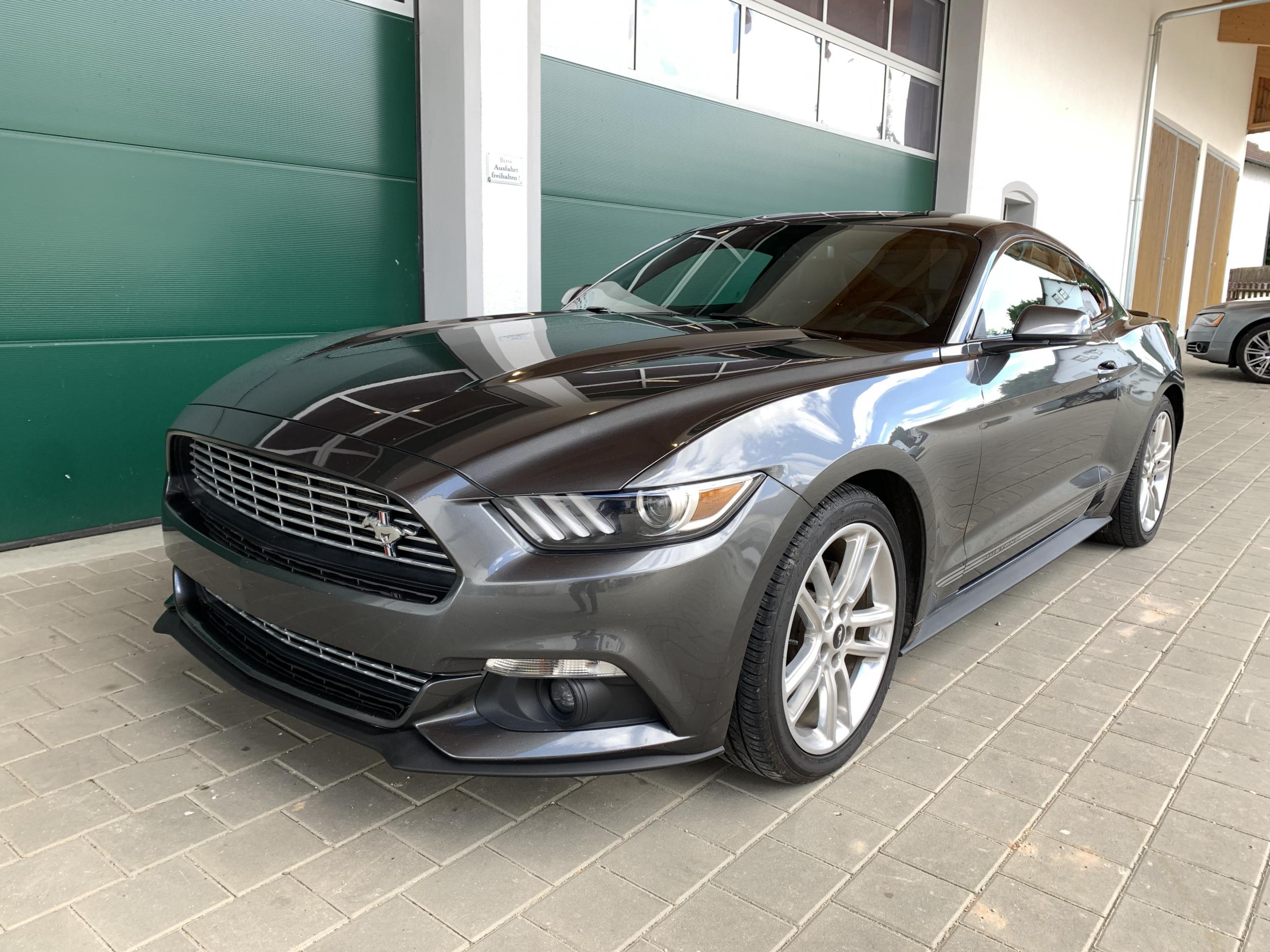 2017 Ford Mustang 2.3 EcoBoost Premium unfallfrei